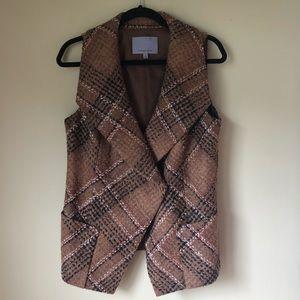 Classique Entier Tweed Vest